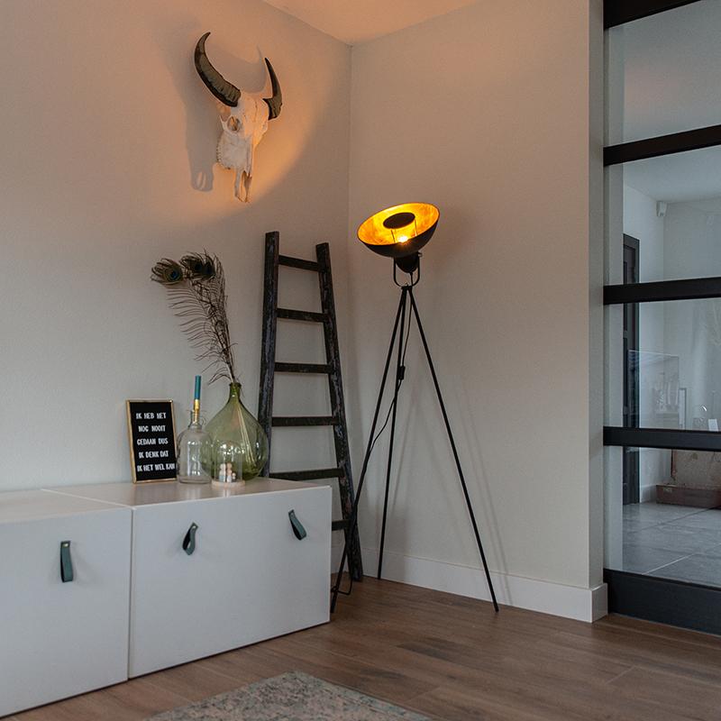 Vloerlamp zwart met goud 154,4 cm tripod - Magnax Eco