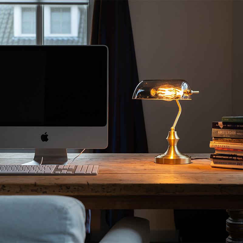 Klassieke notarislamp goud met gerookt spiegelglas - Banker