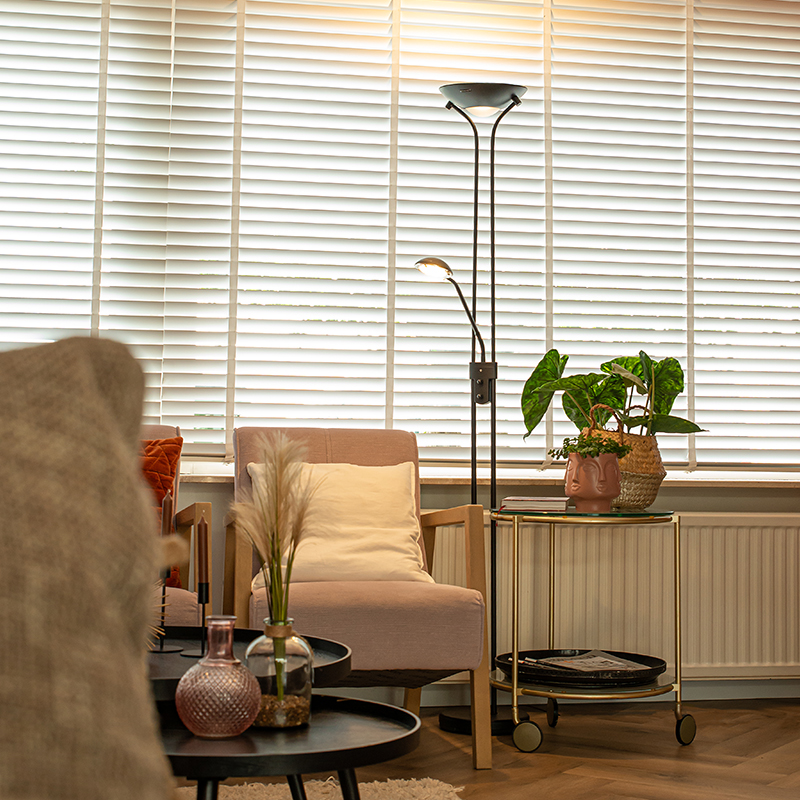 Moderne vloerlamp zwart met leeslamp incl. LED dim to warm - Diva