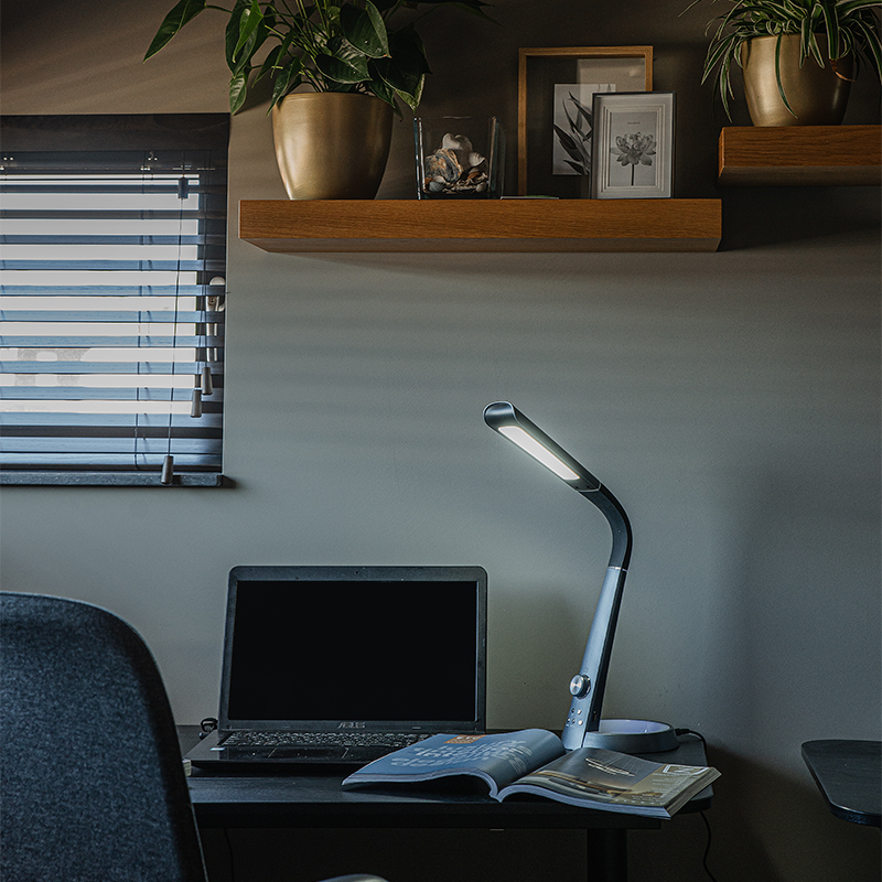 Tafellamp zwart incl. LED RGBV en USB-aansluiting - Manuel