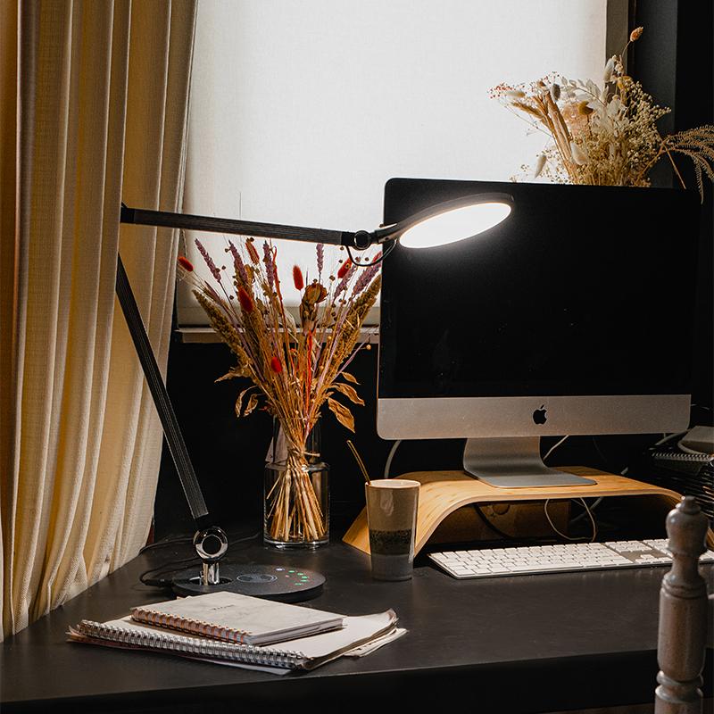 Design tafellamp grijs incl. LED met touch en draadloze oplader - Don
