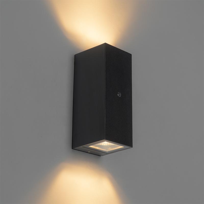 Wandlamp zwart GU10 AR70 IP44 licht-donker sensor - Baleno II