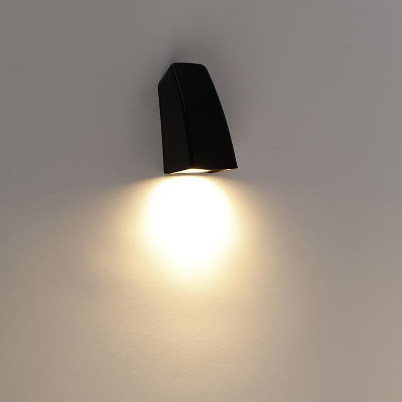 Moderne buiten wandlamp zwart IP67 incl. LED - Mamete
