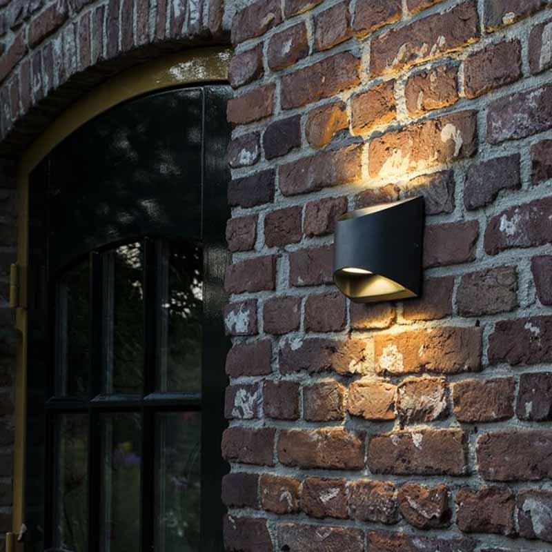 Moderne buitenwandlamp donkergrijs incl. LED IP54 - Mal