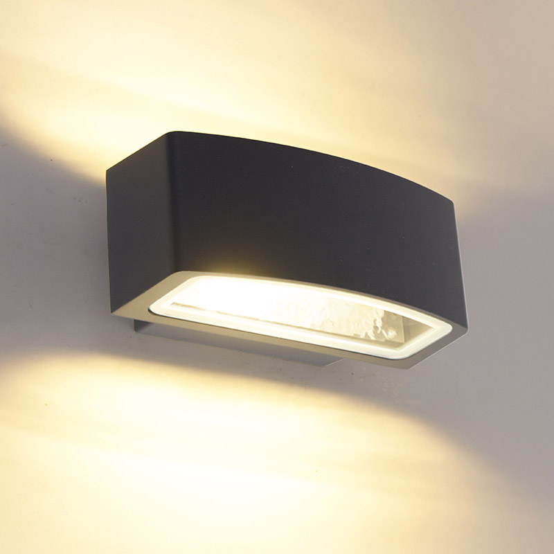 Modern buitenwandlamp grafiet 14,3 cm IP44 - Latina
