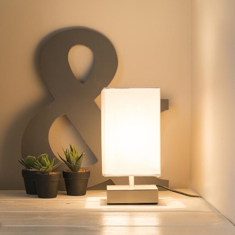 Moderne tafellamp wit met staal - Milo