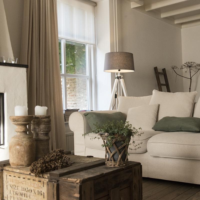 Landelijke vloerlamp wit met bruin linnen kap - Tripod