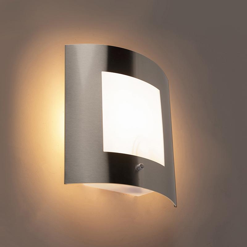Buitenwandlamp staal IP44 licht-donker sensor - Emmerald 1