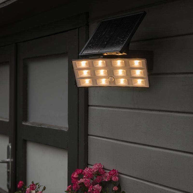 LED straler Flip op zonne-energie met PIR IP44
