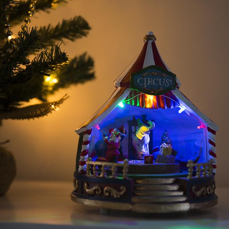 Kersthuisje Caroussel Led Multikleur