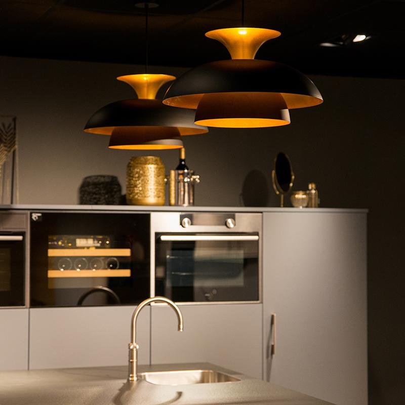 Moderne ronde hanglamp zwart met goud 3-laags - Titus