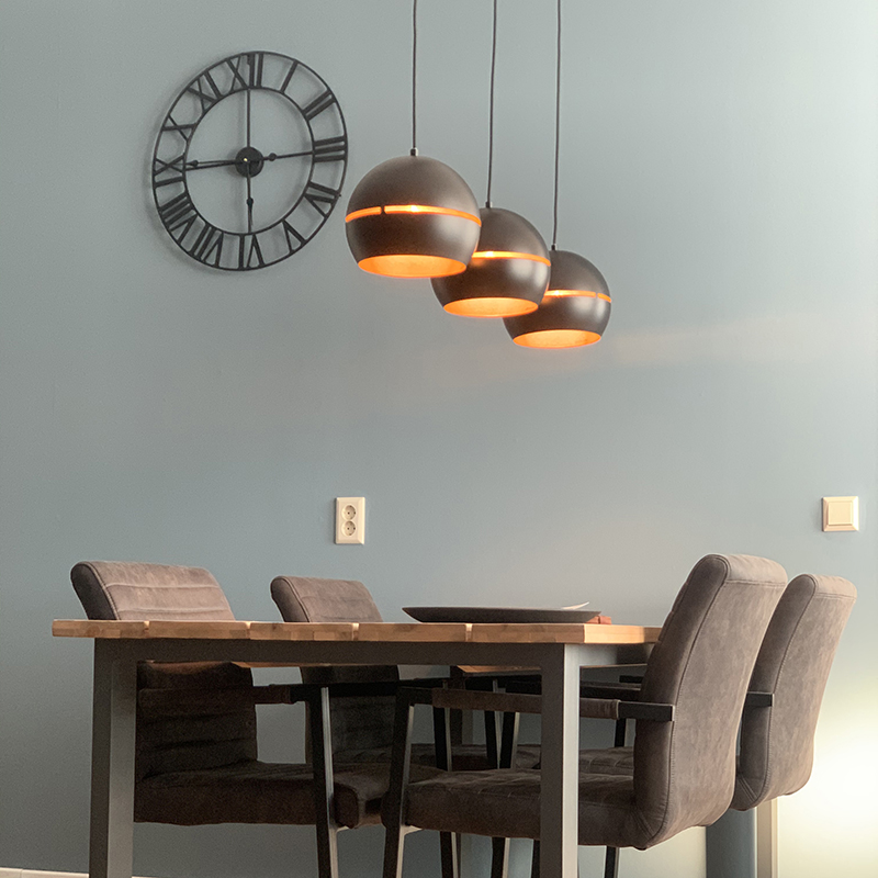 Design hanglamp zwart met gouden binnenkant 3-lichts - Buell