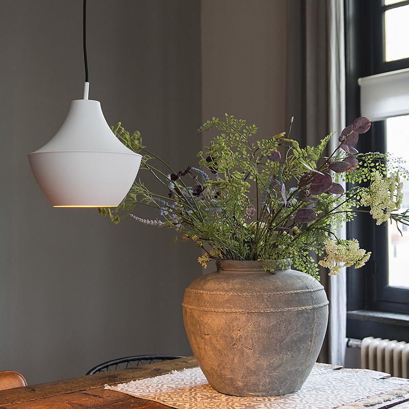 Moderne hanglamp wit met gouden binnenkant - Depeche-Jarred