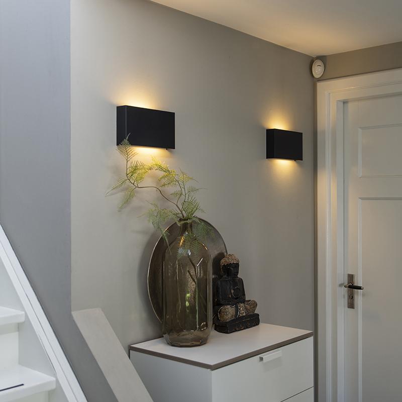 Moderne wandlamp zwart - Otan
