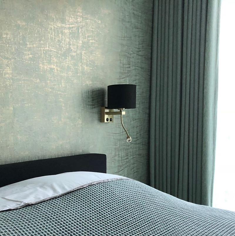 Moderne wandlamp goud Brescia met kap velours 18/18/14 zwart - goud