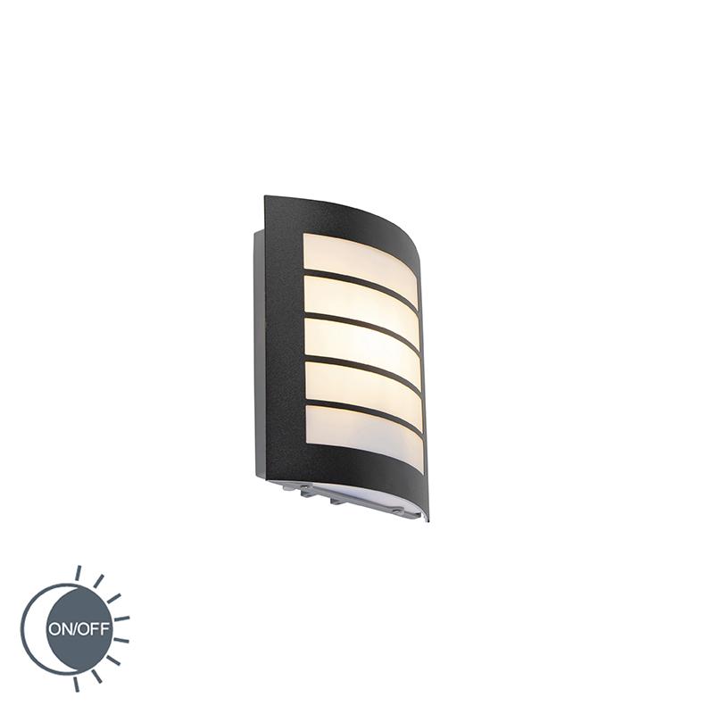 Buitenwandlamp zwart IP44 met licht-donker sensor - Miro