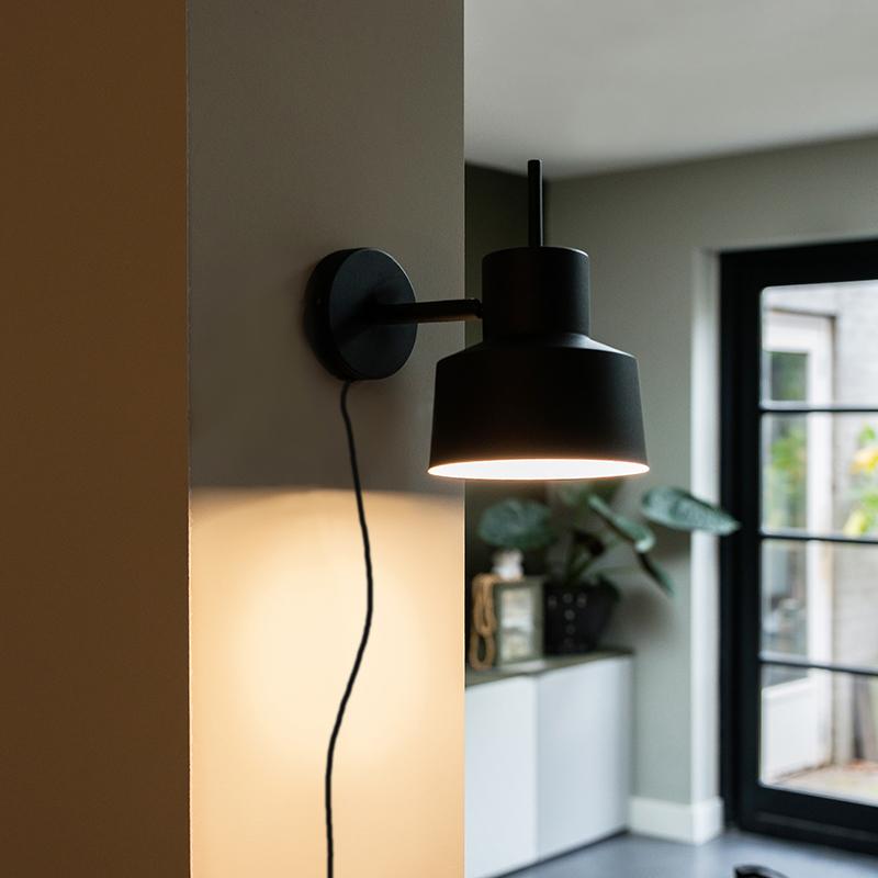 Retro wandlamp zwart - Chappie