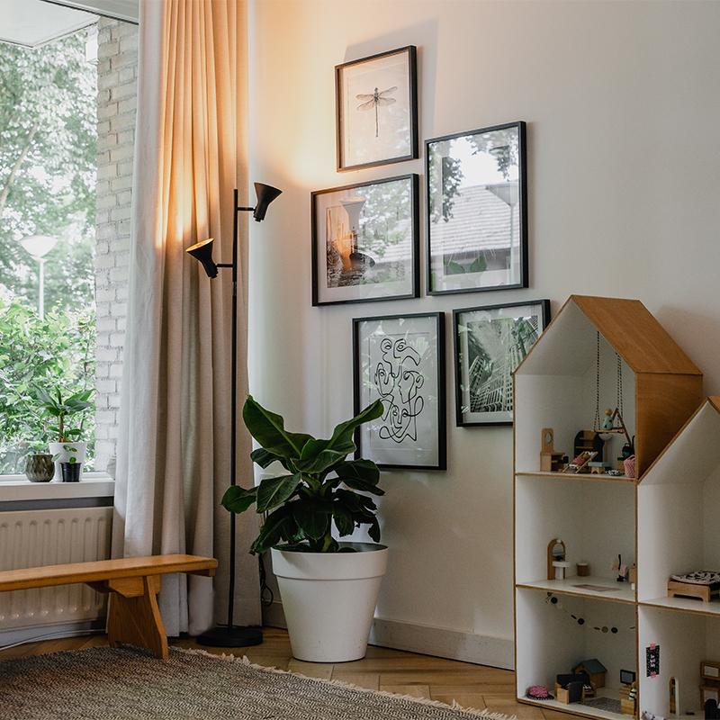 Moderne vloerlamp zwart met goud 2-lichts - Magno